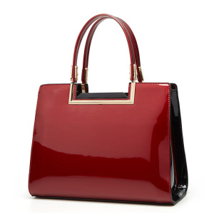 2020 patent leather women's bag middle-aged mother's new simple fashion trend portable women's bag one shoulder women's bag