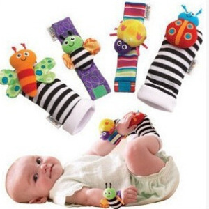 Foot Finders & Wrist Rattles for Infants Developmental Texture Toys for Babies & Infant Toy Socks & Baby Wrist Rattle