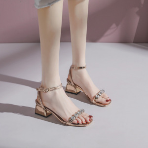 2020 summer new sandals female fairy style metal middle heel students Korean version of wild square toe thick heel single shoes women